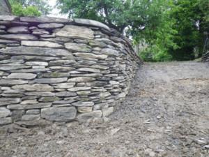 habilux- mur en pierres sèches